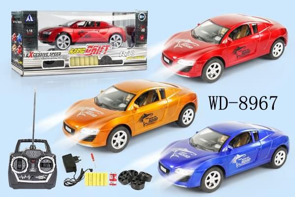 Машина р/у в наборе с аккумулятором. зарядным устройством. батарейками и запасными колесами. 3 цвета